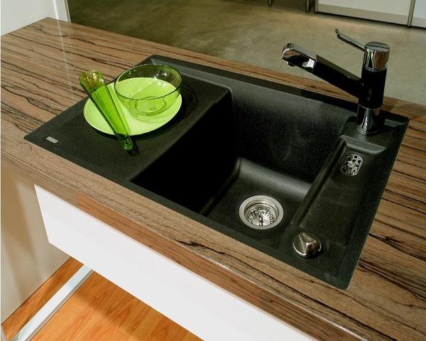 Глянцевые столешницы для кухни из ламината от производителя Лигрон